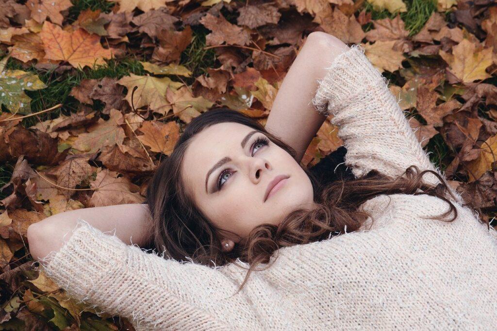 woman, brunette, lying down